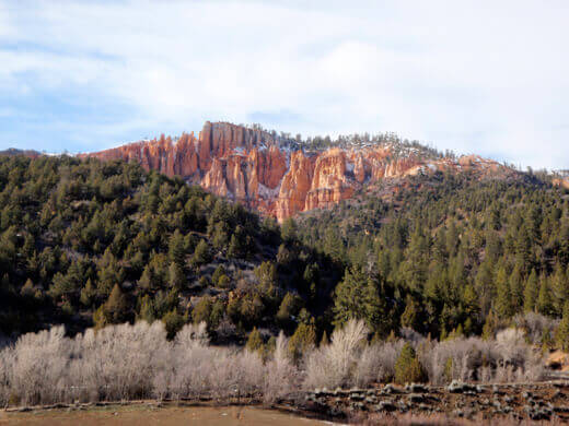 Sandstone monuments of Bryce Canyon