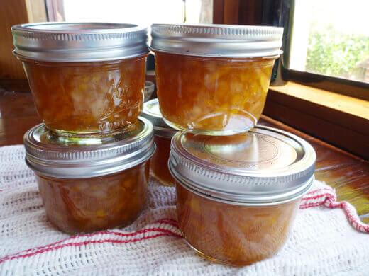 Vanilla-peach preserves