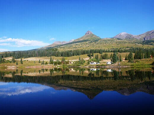 Molas Lake in the morning