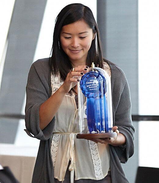 Garden Betty wins Blue Ribbon Blogger Award from Country Living magazine