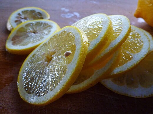 طرق حفظ الليمــون طازج بالشهـــور ومن السنة للسنة بالص