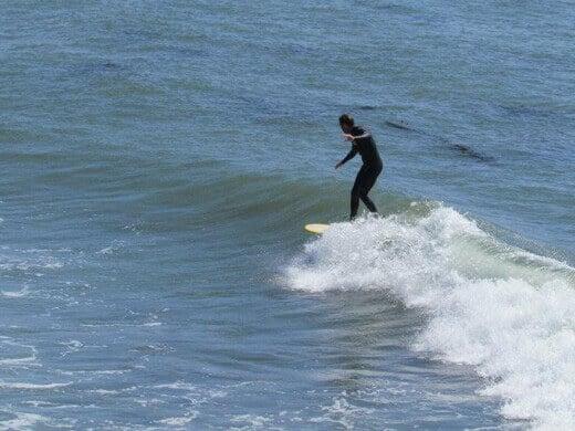 Fun little longboard wave