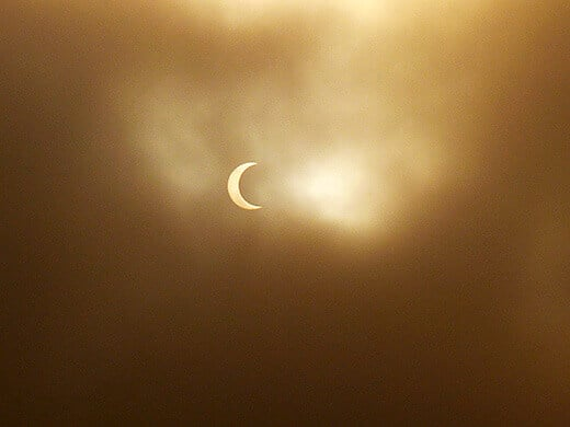 The annular solar eclipse seen from Northern Baja