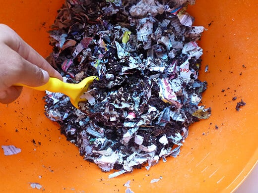 Mix everything together to create your worm bedding