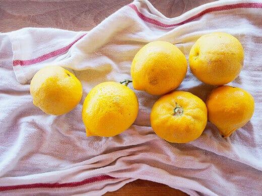 Fresh Eureka lemons