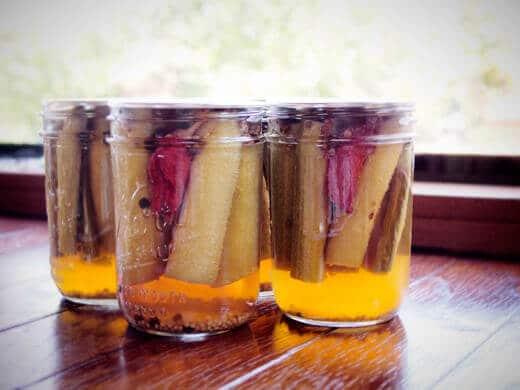 Savory rhubarb pickles