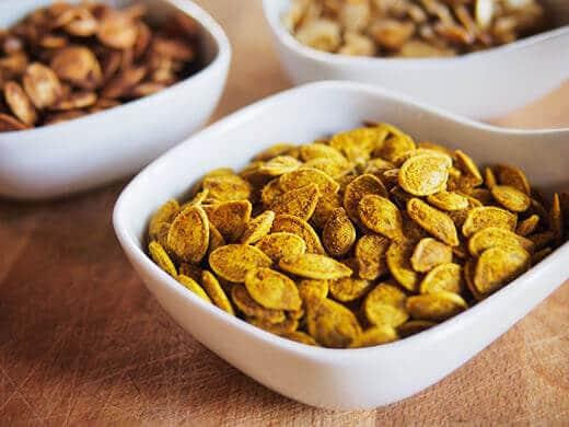 Curried pumpkin seeds