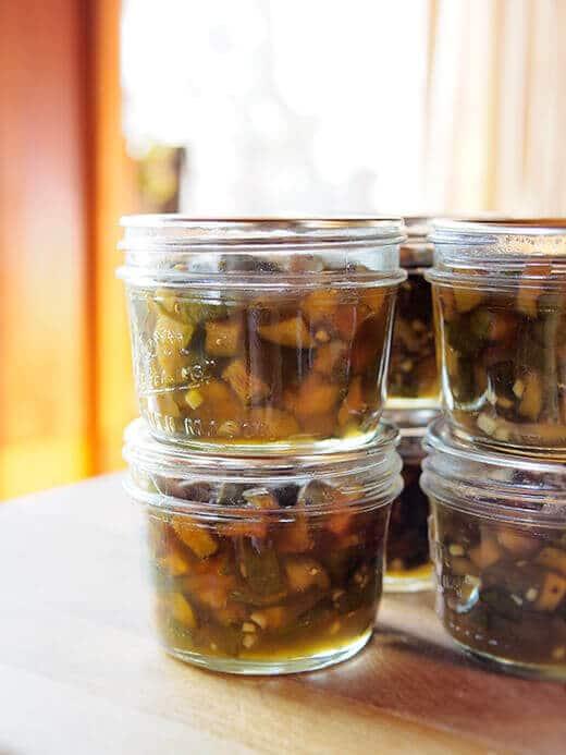 Feijoa-ginger preserves
