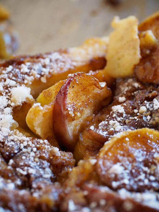 Puffed apple pancake