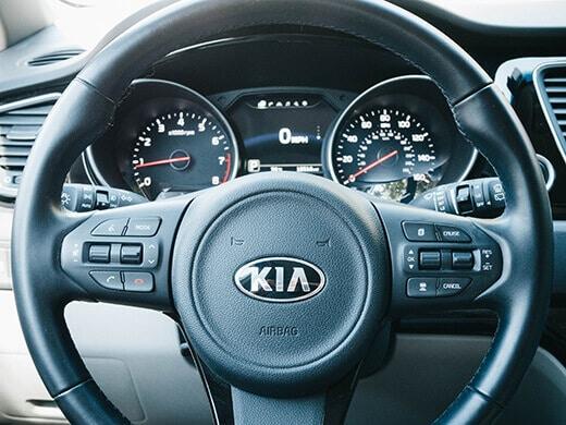 Driver's side amenities in the Kia Sedona