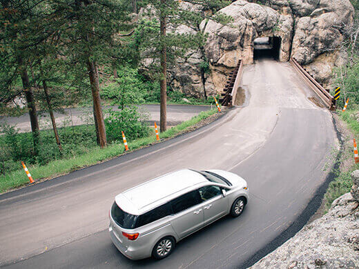 The road to Mount Rushmore