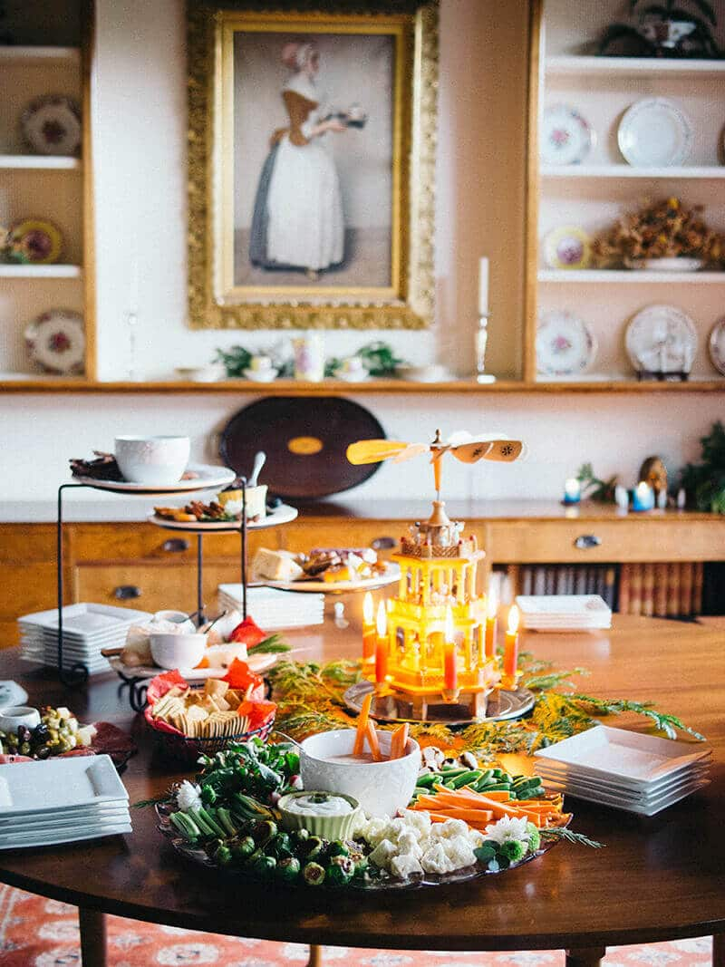 Holiday hors d'oeuvres