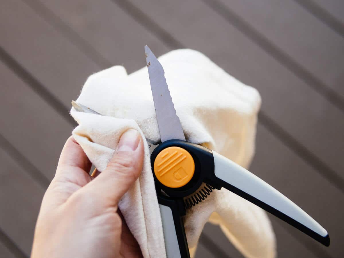 Clean your gardening tools after every use