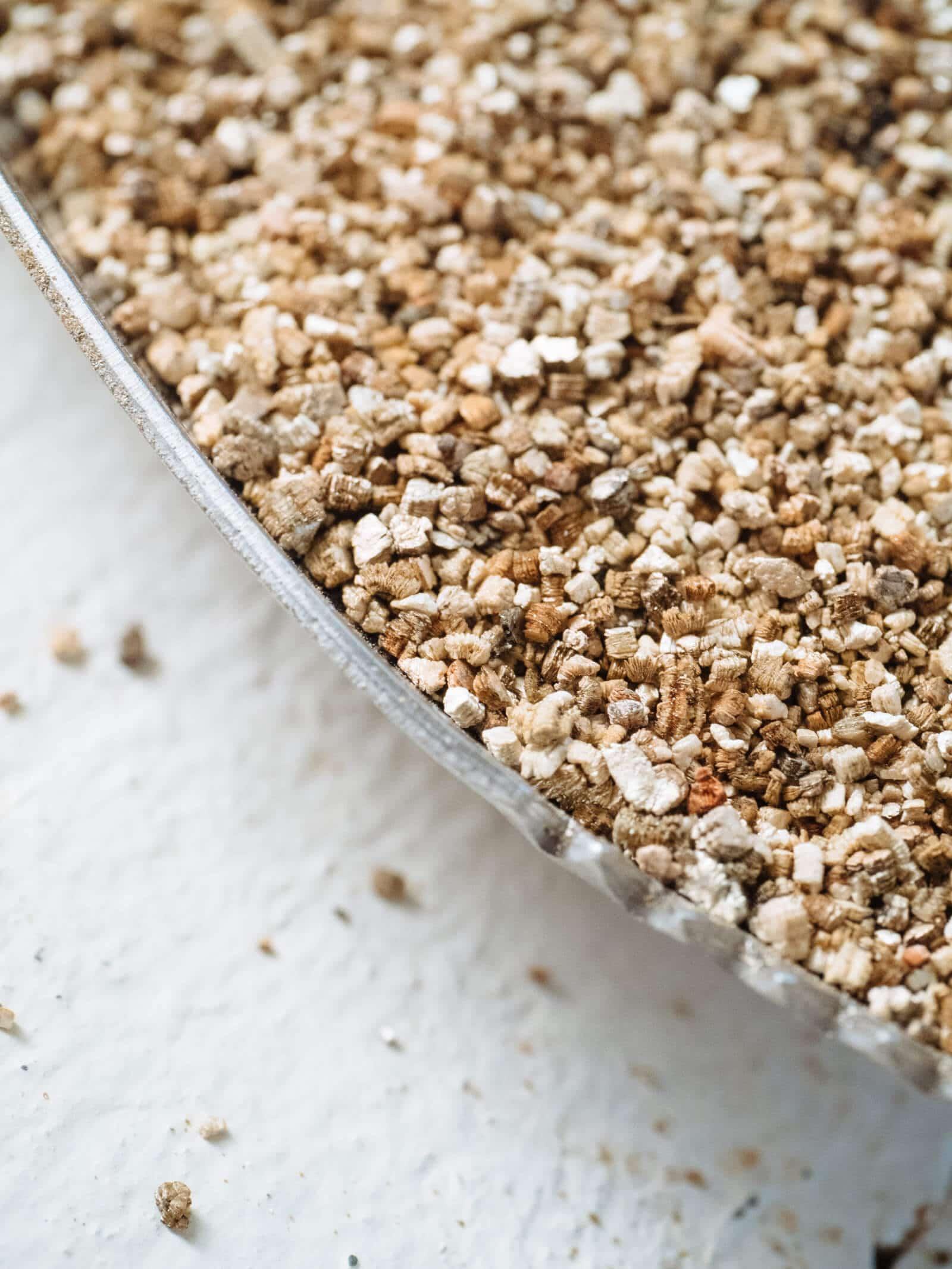 Vermiculite soil additive